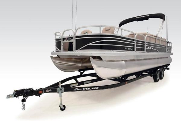 2021 Sun Tracker boat for sale, model of the boat is FISHIN' BARGE® 24 DLX & Image # 3 of 35