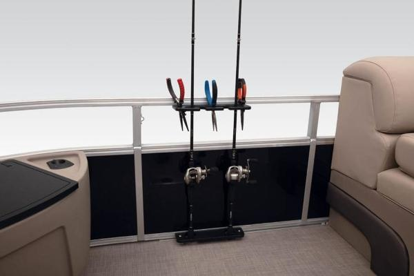 2021 Sun Tracker boat for sale, model of the boat is FISHIN' BARGE® 24 DLX & Image # 9 of 35