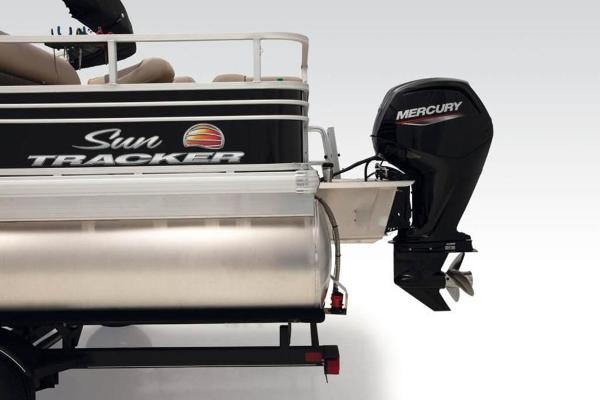 2021 Sun Tracker boat for sale, model of the boat is FISHIN' BARGE® 24 DLX & Image # 13 of 35