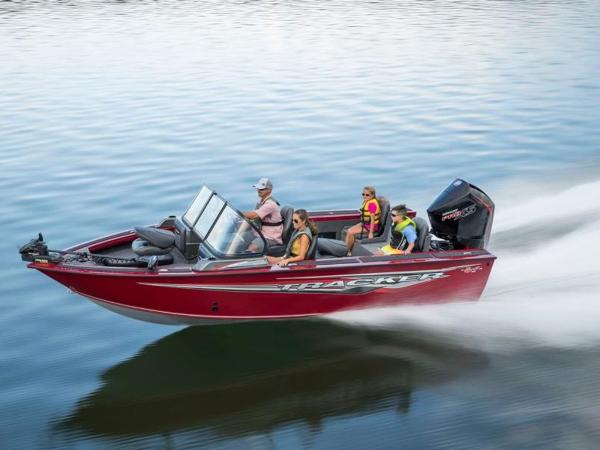 2021 Tracker Boats boat for sale, model of the boat is Targa™ V-18 Combo & Image # 3 of 16