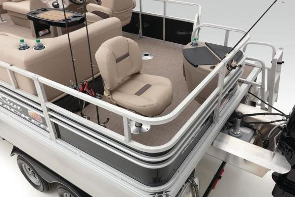 2022 Sun Tracker boat for sale, model of the boat is FISHIN' BARGE® 20 DLX & Image # 20 of 28