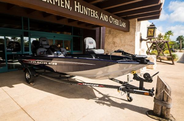 2021 Tracker Boats boat for sale, model of the boat is Pro Team 175 TF & Image # 6 of 24