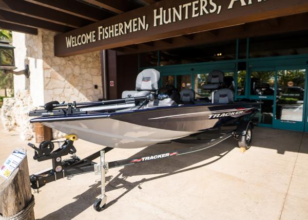 2021 Tracker Boats boat for sale, model of the boat is Pro Team 175 TF & Image # 9 of 24
