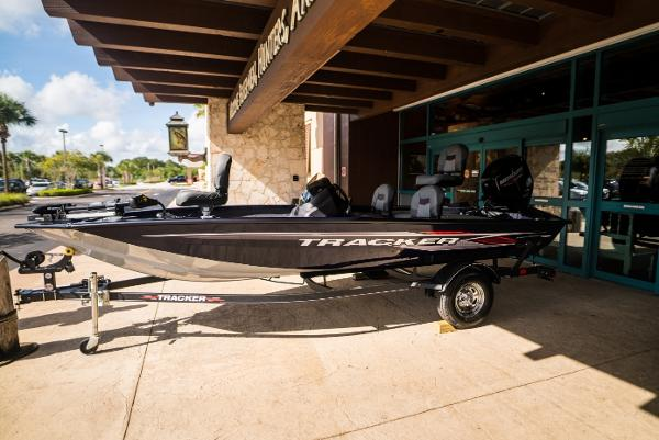 2021 Tracker Boats boat for sale, model of the boat is Pro Team 175 TF & Image # 1 of 24