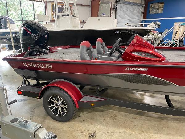 2022 Vexus AVX 1880