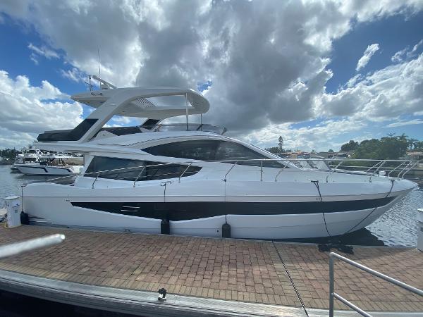 2021 GALEON 550 Fly