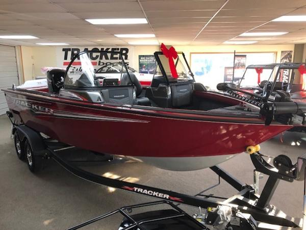 2021 Tracker Boats boat for sale, model of the boat is Targa V-18 WT & Image # 3 of 85