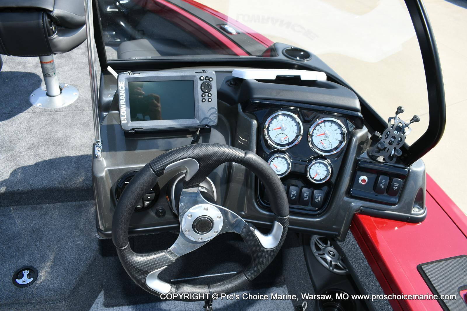 2021 Tracker Boats boat for sale, model of the boat is Targa V-18 WT & Image # 8 of 50