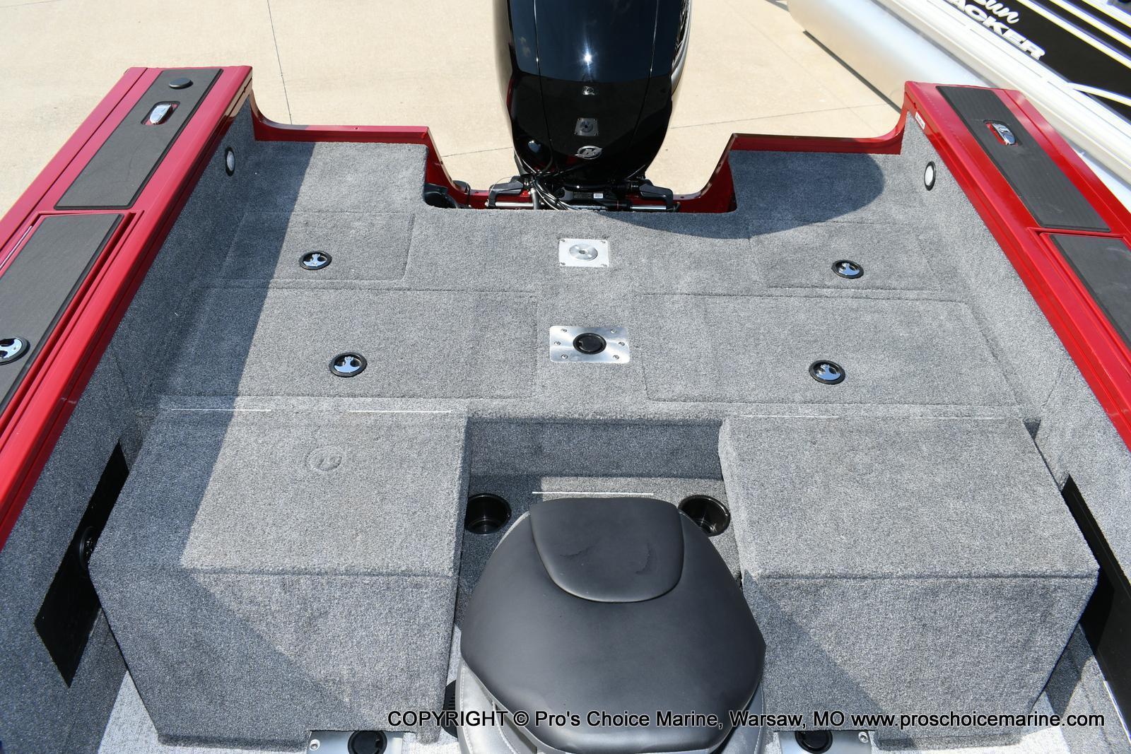 2021 Tracker Boats boat for sale, model of the boat is Targa V-18 WT & Image # 33 of 50