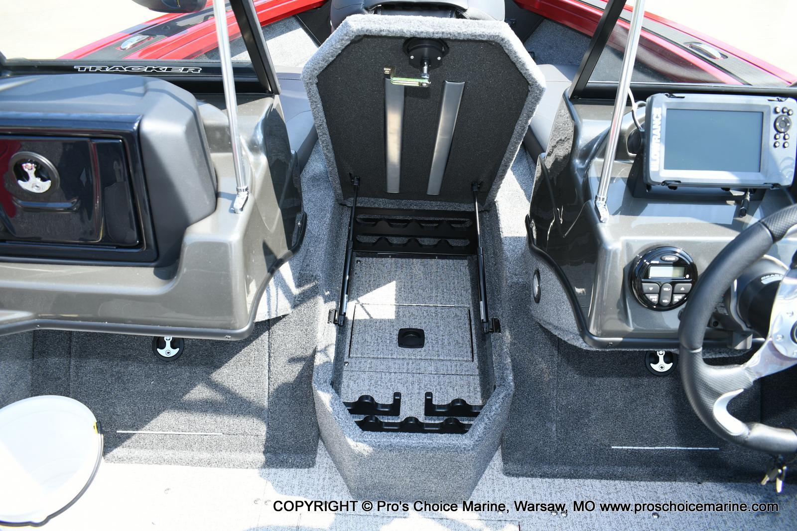 2021 Tracker Boats boat for sale, model of the boat is Targa V-18 WT & Image # 45 of 50