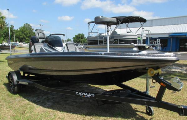 2021 Caymas CX 18