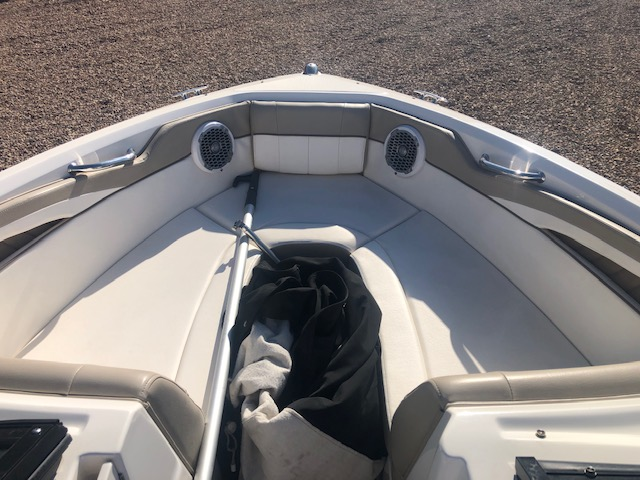 2013 Sea Ray boat for sale, model of the boat is 210 Select & Image # 10 of 14