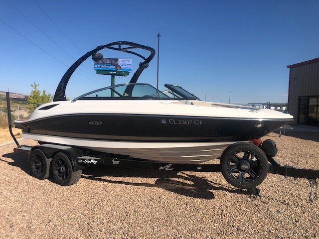 2013 Sea Ray boat for sale, model of the boat is 210 Select & Image # 6 of 14