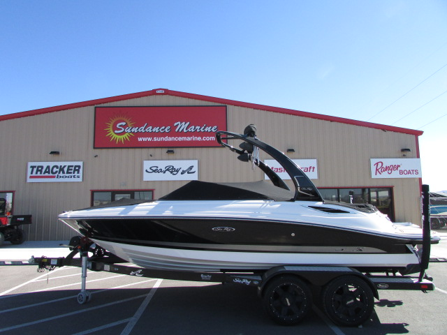 2013 Sea Ray boat for sale, model of the boat is 210 Select & Image # 9 of 14