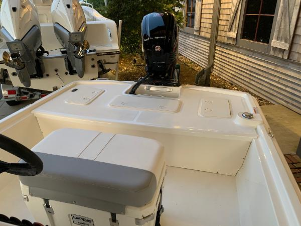 2021 Mako boat for sale, model of the boat is Pro Skiff 19 CC & Image # 10 of 12