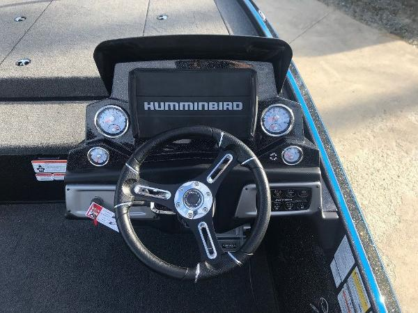 2021 Nitro boat for sale, model of the boat is Z20 Pro & Image # 4 of 11
