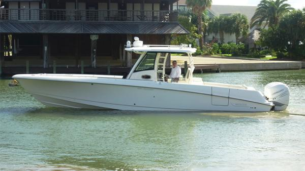 2017 Boston Whaler 350 Outrage Seakeeper Equipped