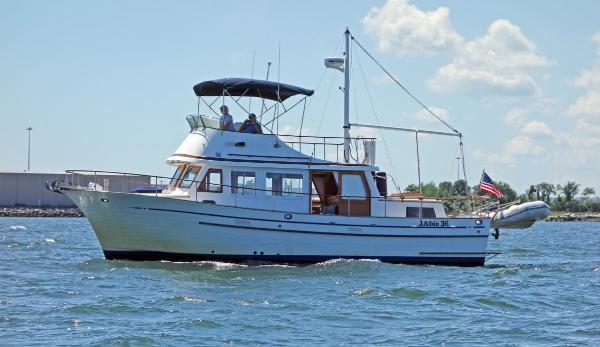 1988 ALBIN 36 Trawler thumbnail