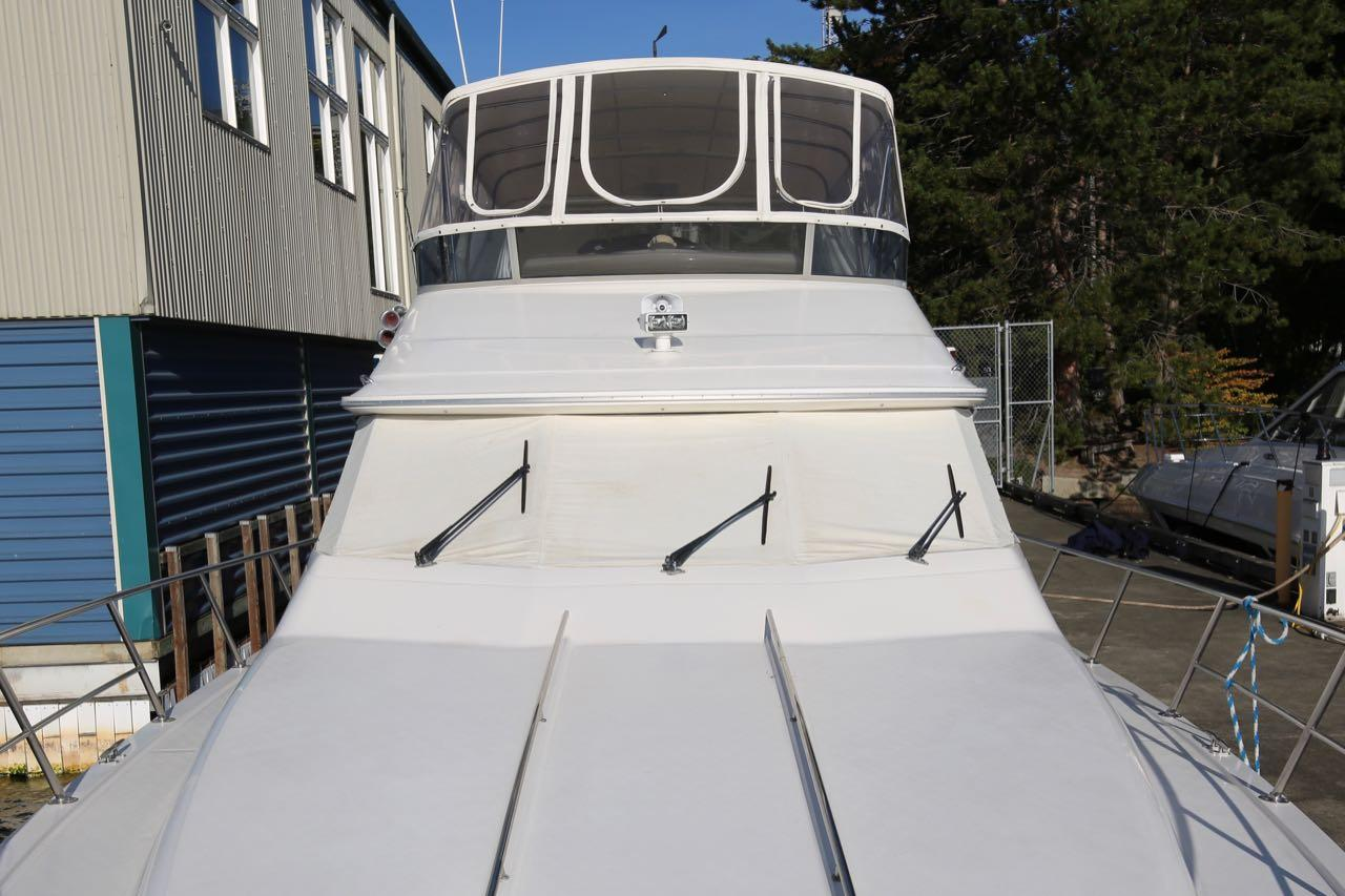 1995 Sea Ray 550 Sedan Bridge