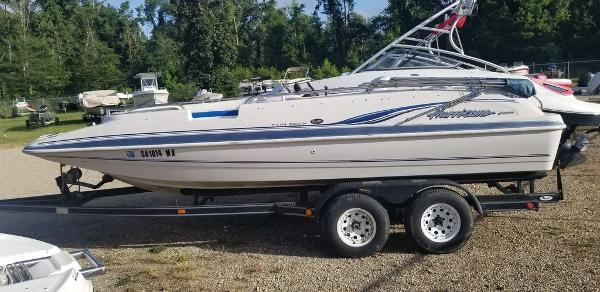 2003 Hurricane boat for sale, model of the boat is 201 Deck & Image # 6 of 12