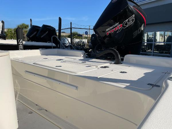2021 ShearWater boat for sale, model of the boat is 25 LTD & Image # 5 of 14