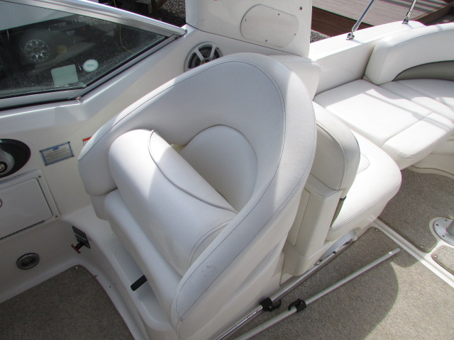 2007 Sea Ray boat for sale, model of the boat is 260 Sundancer & Image # 14 of 49