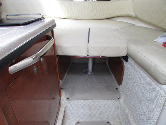 2007 Sea Ray boat for sale, model of the boat is 260 Sundancer & Image # 17 of 49