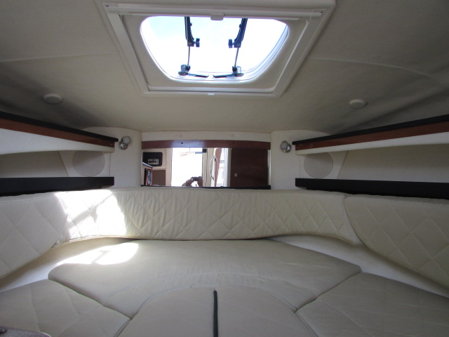 2007 Sea Ray boat for sale, model of the boat is 260 Sundancer & Image # 18 of 49