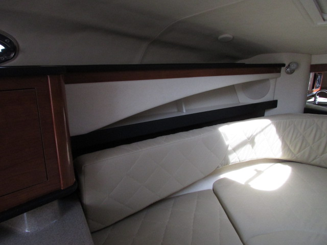 2007 Sea Ray boat for sale, model of the boat is 260 Sundancer & Image # 33 of 49
