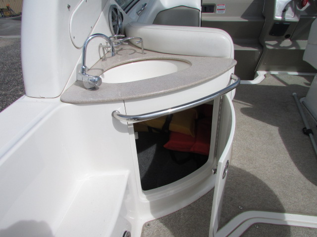 2007 Sea Ray boat for sale, model of the boat is 260 Sundancer & Image # 5 of 49