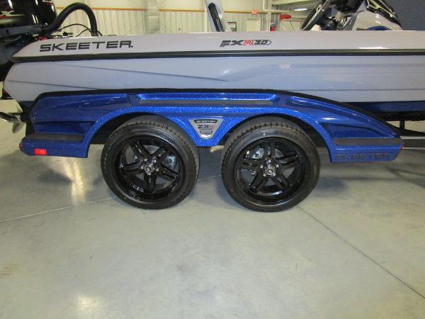 2021 Skeeter boat for sale, model of the boat is FXR20 Limited & Image # 8 of 48