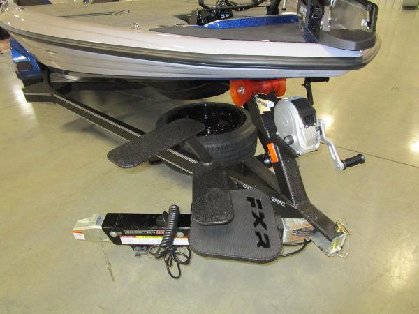 2021 Skeeter boat for sale, model of the boat is FXR20 Limited & Image # 32 of 48