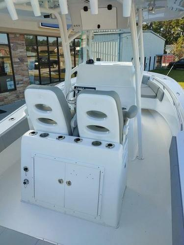 2019 Cape Horn boat for sale, model of the boat is 24XS & Image # 2 of 19