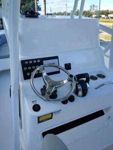 2019 Cape Horn boat for sale, model of the boat is 24XS & Image # 17 of 19