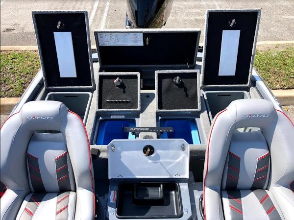 2021 Nitro boat for sale, model of the boat is Z20 & Image # 19 of 56