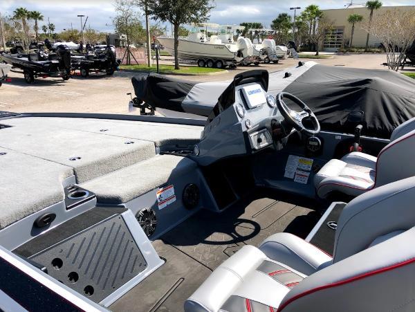 2021 Nitro boat for sale, model of the boat is Z20 & Image # 11 of 56