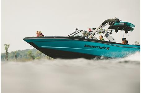 2021 Mastercraft boat for sale, model of the boat is XT25 & Image # 16 of 25