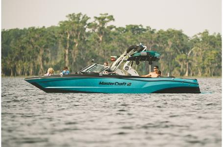 2021 Mastercraft boat for sale, model of the boat is XT25 & Image # 7 of 25
