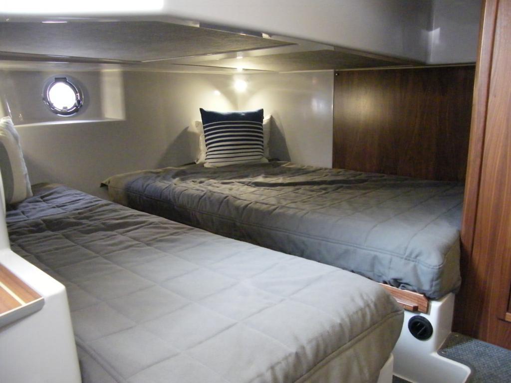 Sargo 36 Explorer - aft cabin