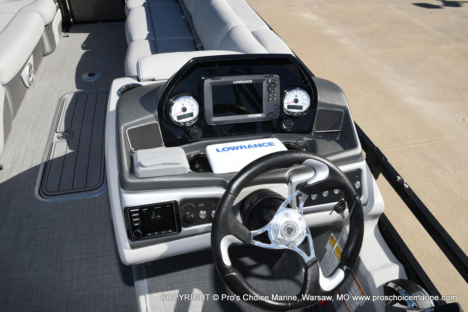 2021 Regency boat for sale, model of the boat is 250 DL3 w/250HP MERCURY VERADO & Image # 37 of 50