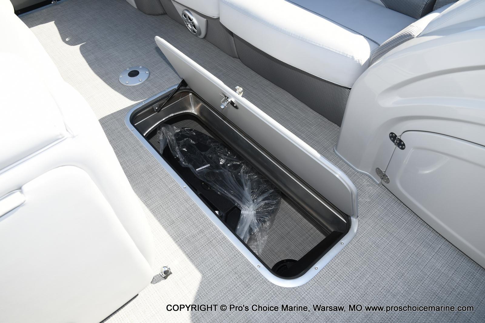 2021 Regency boat for sale, model of the boat is 250 DL3 w/250HP MERCURY VERADO & Image # 47 of 50