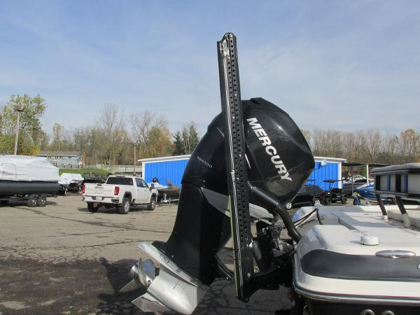 2016 Triton boat for sale, model of the boat is 260 LTS Pro & Image # 9 of 43