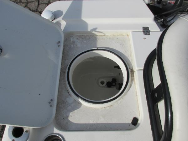2016 Triton boat for sale, model of the boat is 260 LTS Pro & Image # 18 of 43