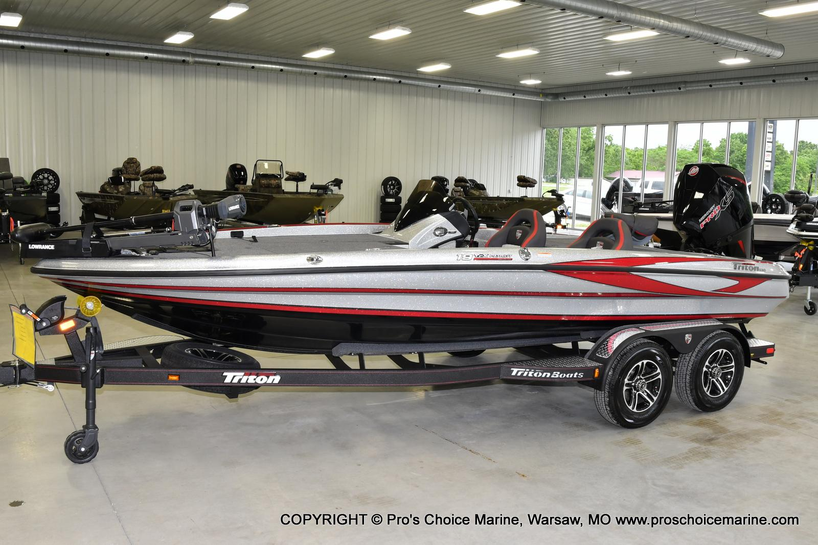 2021 Triton boat for sale, model of the boat is 19 TRX PATRIOT w/225HP PRO-XS & Image # 11 of 23