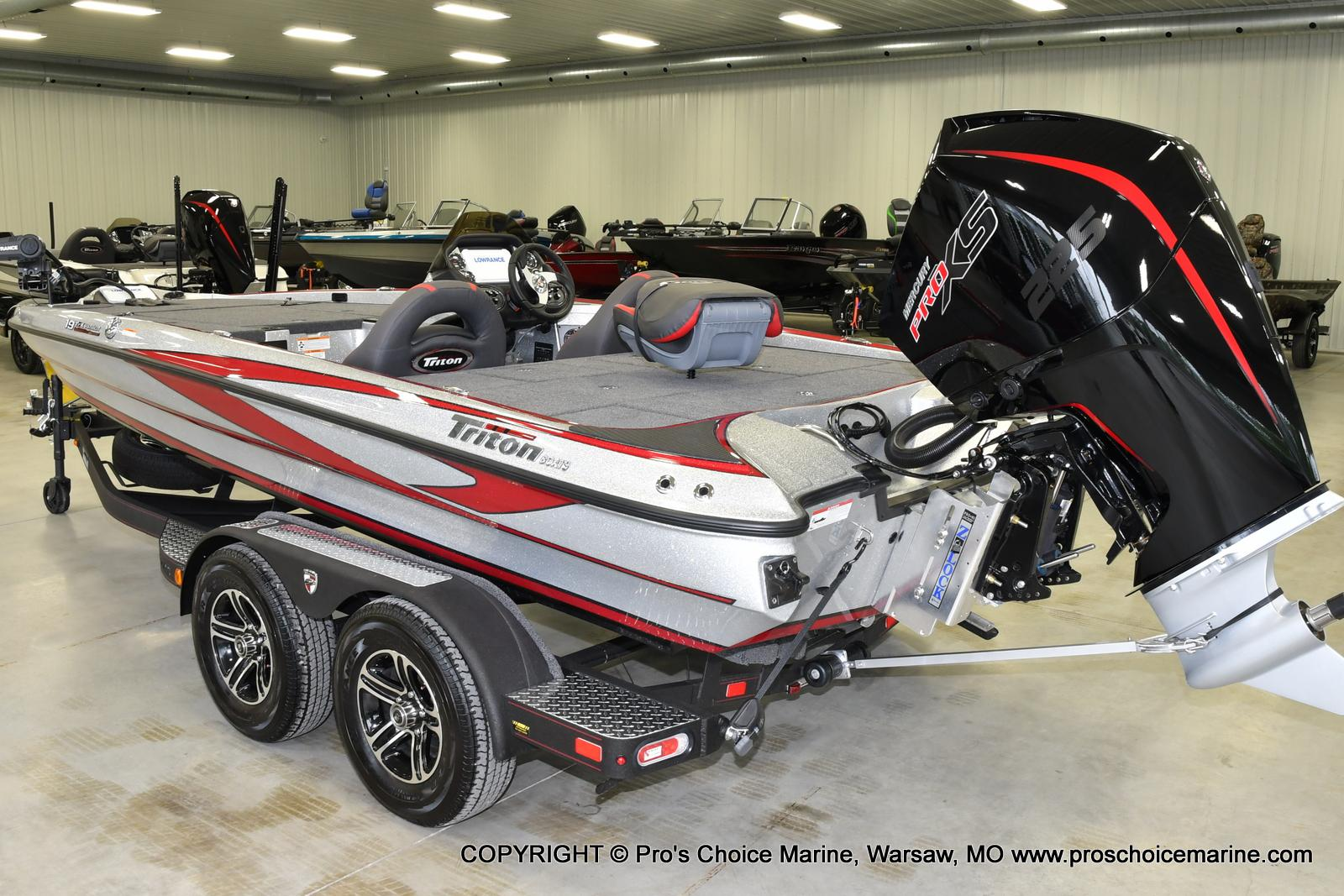 2021 Triton boat for sale, model of the boat is 19 TRX PATRIOT w/225HP PRO-XS & Image # 12 of 23