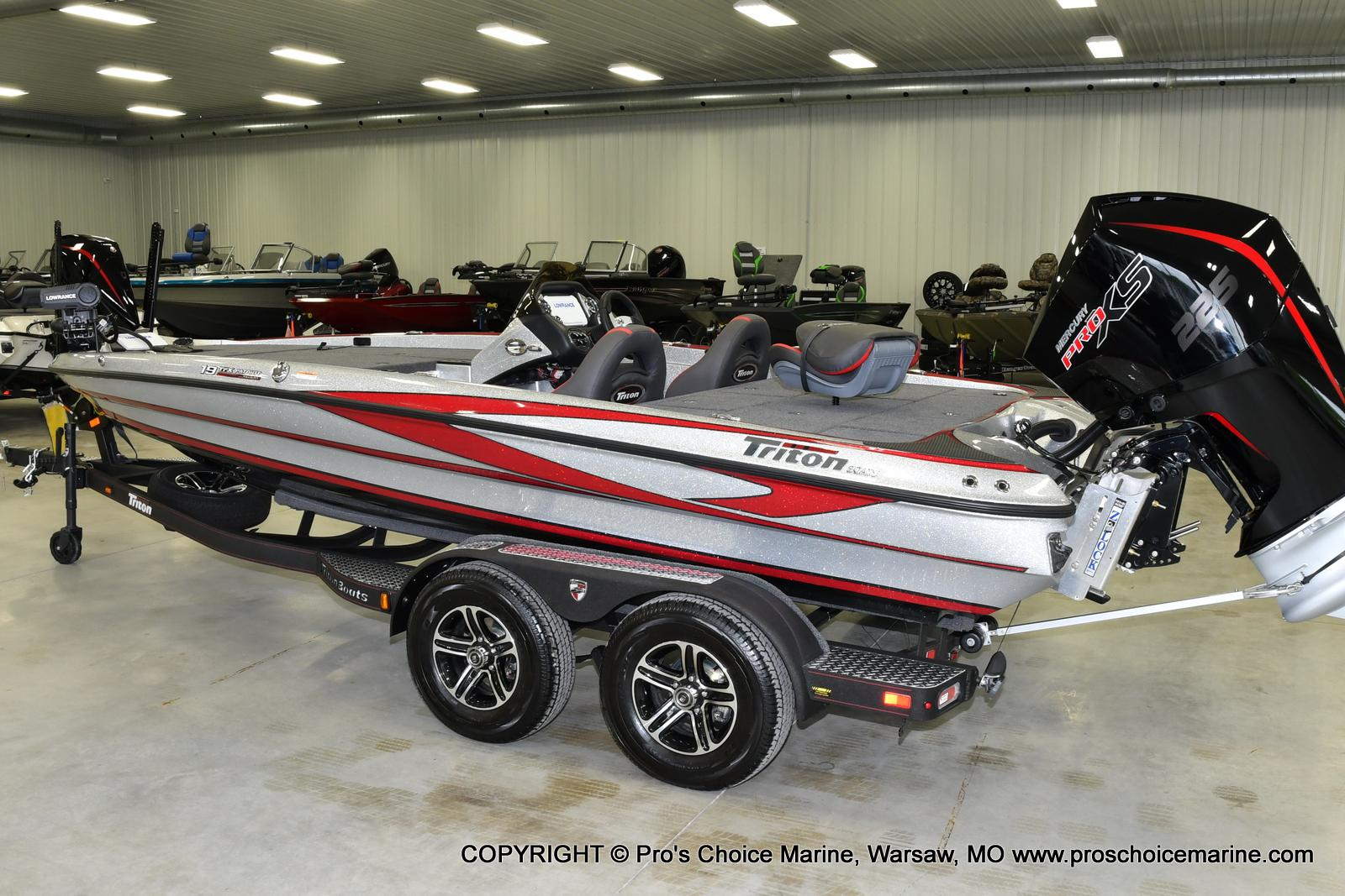 2021 Triton boat for sale, model of the boat is 19 TRX PATRIOT w/225HP PRO-XS & Image # 20 of 23