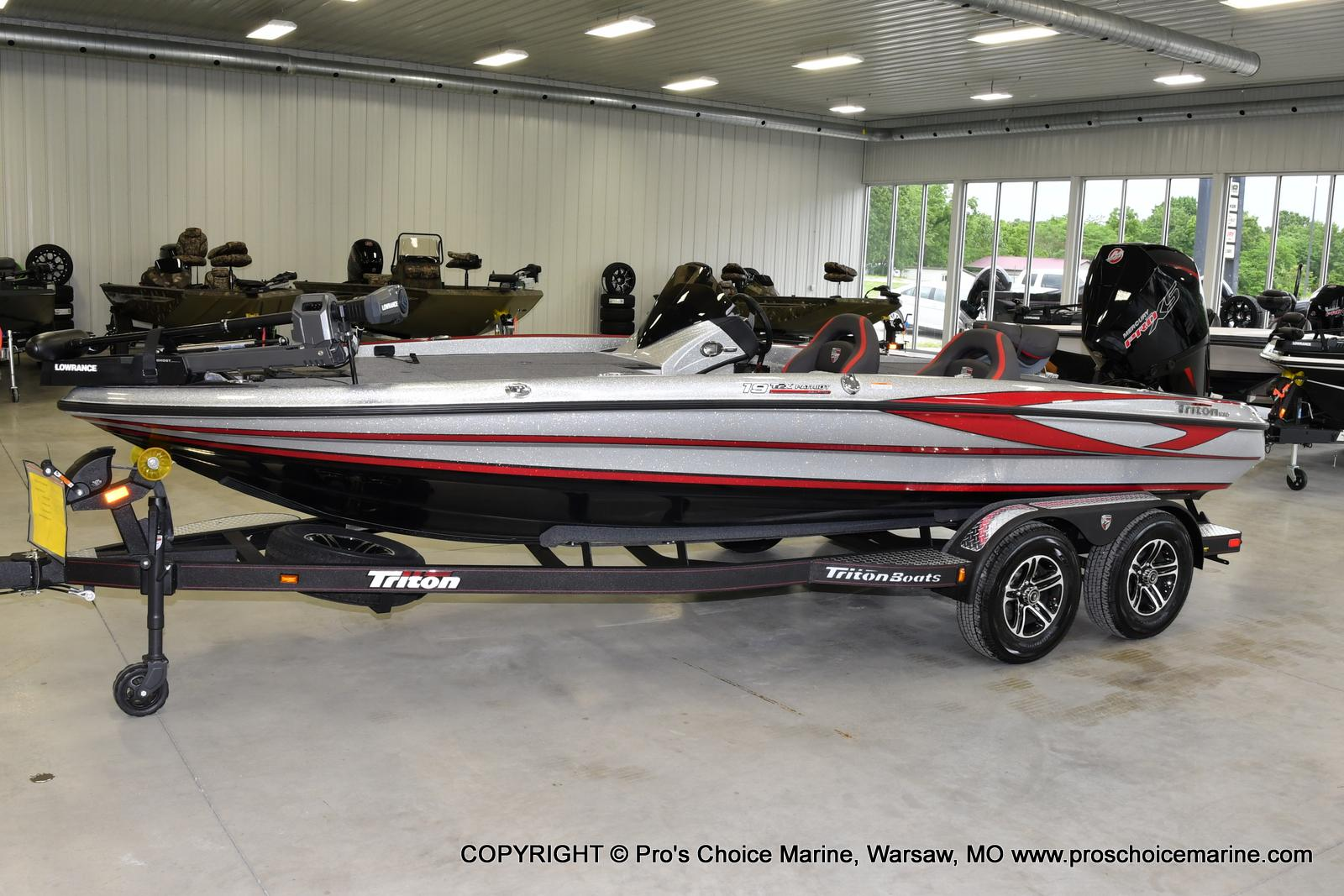 2021 Triton boat for sale, model of the boat is 19 TRX PATRIOT w/225HP PRO-XS & Image # 18 of 23