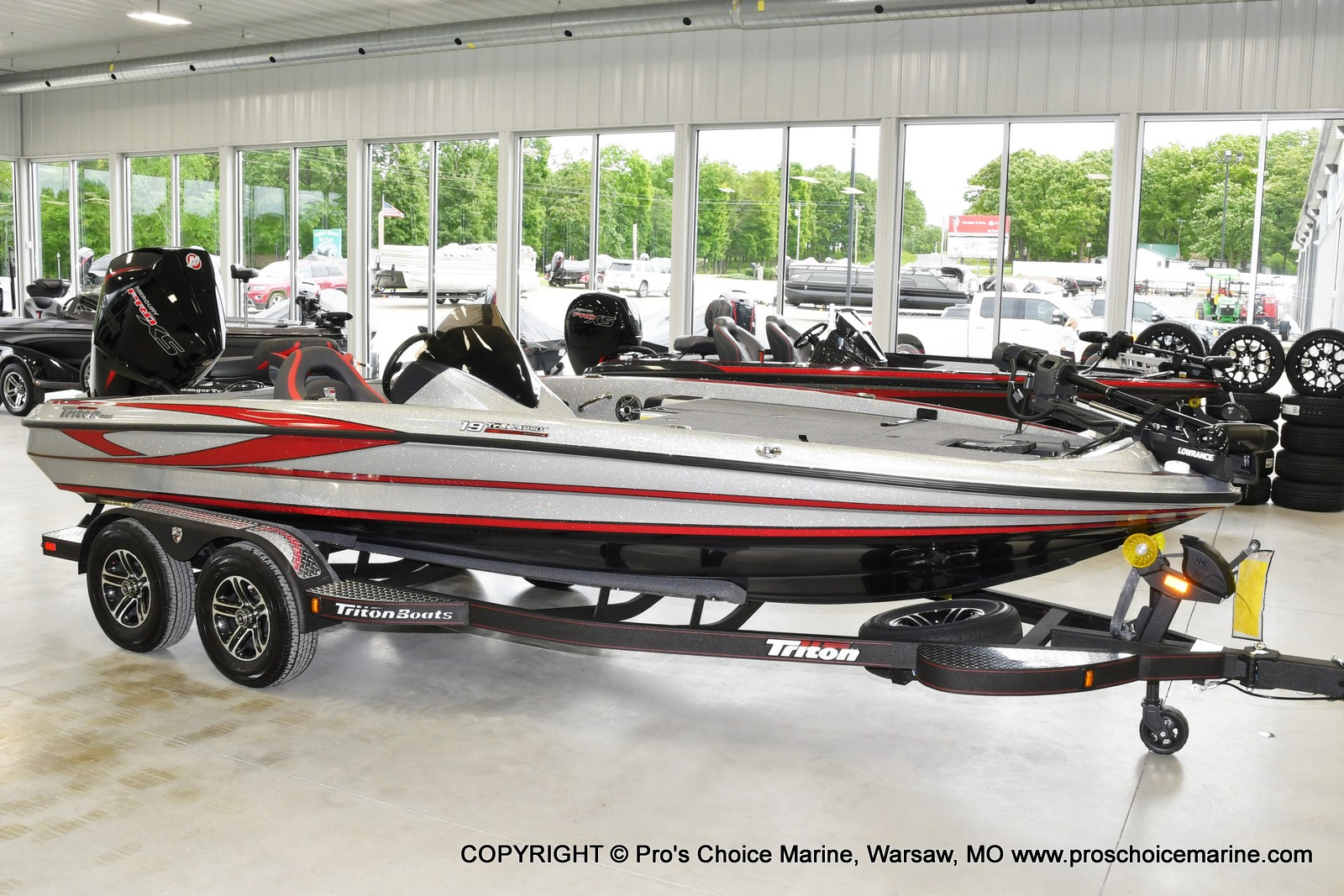 2021 Triton boat for sale, model of the boat is 19 TRX PATRIOT w/225HP PRO-XS & Image # 10 of 23