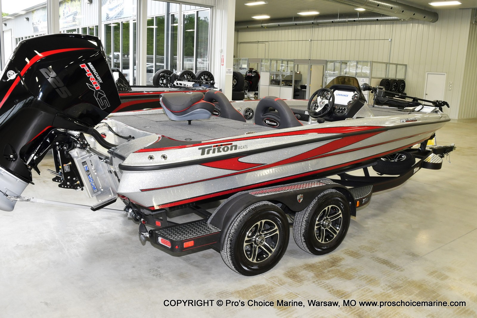 2021 Triton boat for sale, model of the boat is 19 TRX PATRIOT w/225HP PRO-XS & Image # 2 of 23
