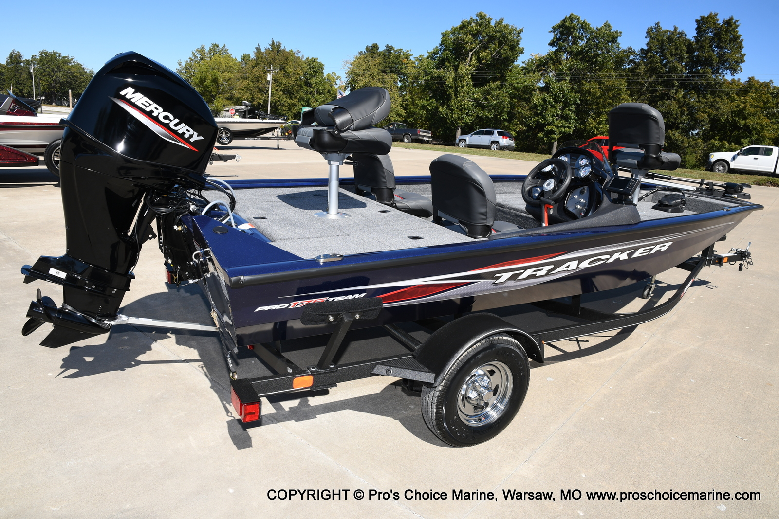 2021 Tracker Boats boat for sale, model of the boat is Pro Team 175 TF & Image # 3 of 50